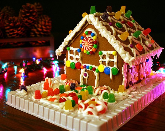 Let S Build A Gingerbread House